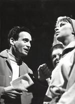 Mit Elisabeth Schwarz bei einer WDR-Bavaria Produktion von Jean Anouilh »Jeanne oder die Lerche« (1966)