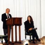 Während einer Lesung »Von Liebe und Tod vom Leben« gemeinsam mit Daniela Dadieu in der von Imo Moszkowicz initiierten Reihe »Podium des Wortes« (Ottobrunn, November 2000)